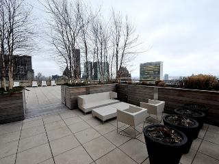 Chic and Luxury Murray Hill 14A ~ RA42925 - Long Island City vacation rentals