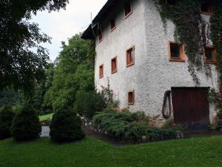 Charming house Bukovje in Srednji vrh - Gozd Martuljek vacation rentals