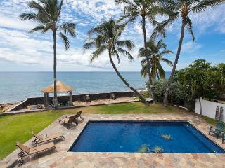 Ocean front house with pool in west Oahu - Makaha vacation rentals