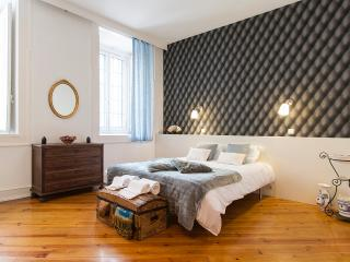 Downtown Vintage Deluxe Apartment | RentExperience - Lisbon vacation rentals