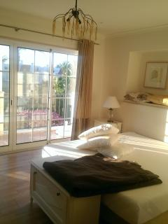 Gorgeous Townhouse in Albufeira with A/C, sleeps 8 - Albufeira vacation rentals