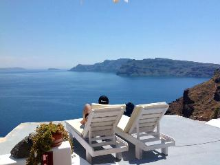 Blue Sky Cave House amazing view Oia - Santorini vacation rentals