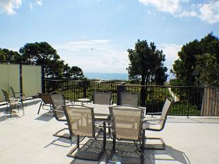 Ocean Club 38 - Oceanfront Townhouse with Large Rooftop Deck - Hilton Head vacation rentals