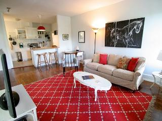 The Nest - 2br/1ba Guest Cottage near South Congress - Austin vacation rentals