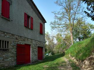4 bedroom Farmhouse Barn with Outdoor Dining Area in Cagli - Cagli vacation rentals