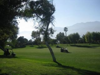 Cozy 2 bedroom Greater Palm Springs House with Wireless Internet - Greater Palm Springs vacation rentals