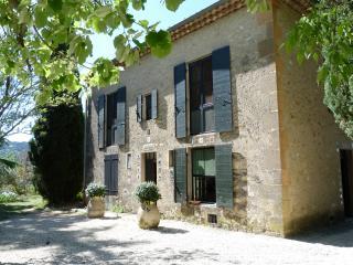 Appartement- Les oliviers- Lourmarin - Lourmarin vacation rentals