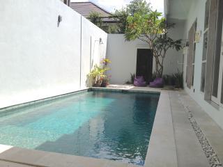 Rumah Ashley - Kerobokan vacation rentals