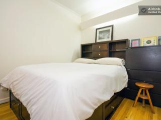 East Village- Charming AppleTV/iPad Apt - New York City vacation rentals