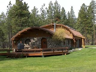 Charming Victor vacation Cabin with Internet Access - Victor vacation rentals