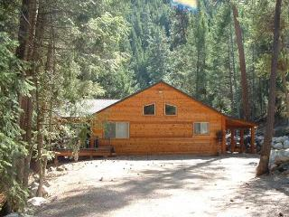 Nice Cabin with Internet Access and Satellite Or Cable TV - Darby vacation rentals