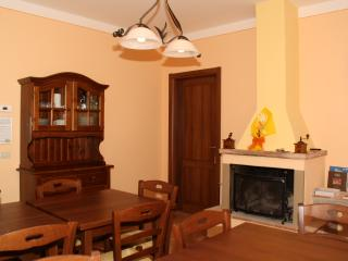 Nice House with Internet Access and Dishwasher - Province of Lucca vacation rentals