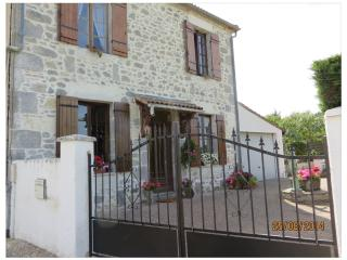 Lovely Greystone Village House - Casteljaloux vacation rentals