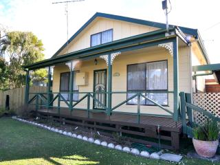 Bright House with A/C and Television - Inverloch vacation rentals
