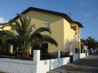 Self Catering in Vila Praia de Âncora - 90139 - Vila Praia de Ancora vacation rentals
