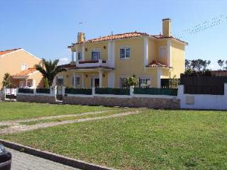 Self Catering in Praia de Santa Cruz - 50232 - Lisbon District vacation rentals