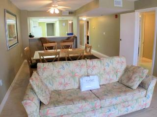 Destin Towers Condominiums 01C - Destin vacation rentals