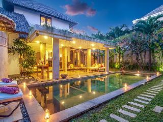 Beautiful 4 Bedroom Villa, Oberoi - Seminyak vacation rentals