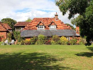 Nice Cottage with Internet Access and Television - West Dean vacation rentals