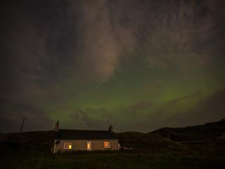 Cozy 2 bedroom Cottage in Great Bernera with Toaster - Great Bernera vacation rentals