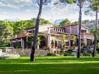 Exclusive waterfront estate San Torres Mallorca with pool & gorgeous views - Soller vacation rentals