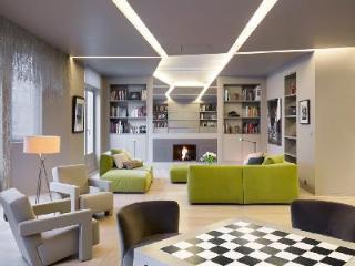 Champs de Mars Modern, France - 7th Arrondissement Palais-Bourbon vacation rentals