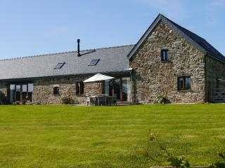 Perfect 4 bedroom Narberth Barn with Internet Access - Narberth vacation rentals