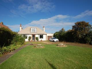 Crail-cottage: Garden & Parking near Beach & Golf - Crail vacation rentals