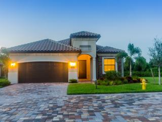 Single Family Executive Pool Home In Naples/trevis - Naples vacation rentals