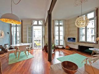 Grand T2, design, Centre historique - Montpellier vacation rentals