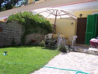 Altipiani di arcinazzo, nel verde con giardino - Fiuggi vacation rentals