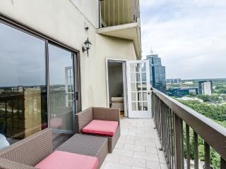 Above Atlanta, Amazing Views 2 BDR - Atlanta vacation rentals