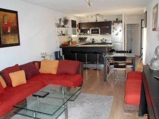 Lovely Condo with Internet Access and Satellite Or Cable TV - Antibes vacation rentals