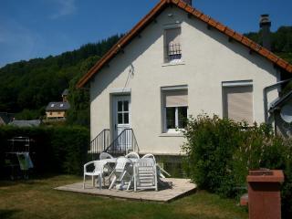 """""""le Chuquet"""" entre la Bourboule et le Mt Dore - Le Mont-Dore vacation rentals"""