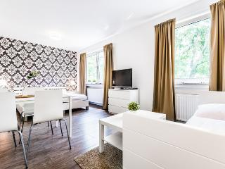 61 Cologne Höhenberg - North Rhine-Westphalia vacation rentals