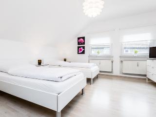 75 Modern attic flat at Cologne Hansaring - Cologne vacation rentals