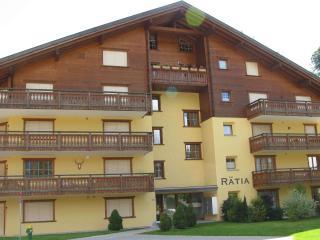 Ski Apartment To Rent - Haus Rätia, Klosters Platz - Klosters Platz vacation rentals