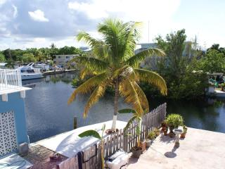 Largo Lookout - 2nd floor, waterfront, boat slip - Key Largo vacation rentals