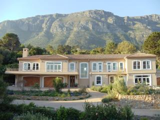 2 bedroom Villa with Internet Access in Hout Bay - Hout Bay vacation rentals