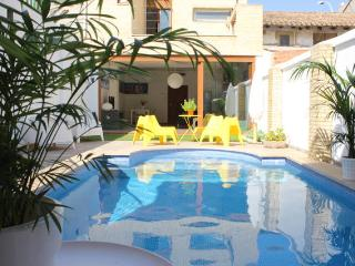 House with private swimming Poll in Valencia City - Valencia vacation rentals