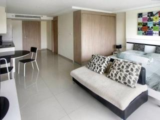 Studio in Nova Ocean View Condo. Pratamnak Beach - Pattaya vacation rentals