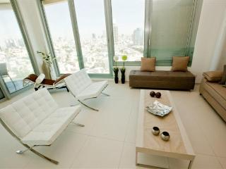 The Jewel in the Crown! 2BR @ Frishman tower! - Tel Aviv vacation rentals