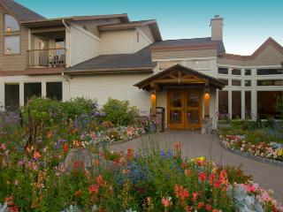 Meadow Lake Resort 3 bdrm. Condo, slps 10, April 22-29, Only $999/entire week! - Columbia Falls vacation rentals