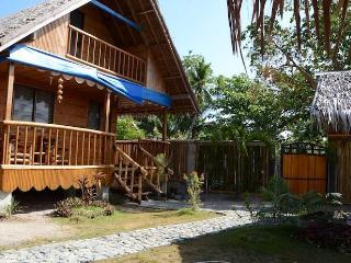 casa vacanza PURA VIDA COTTAGES 1 - Tablas Island vacation rentals