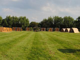 1 bedroom Yurt with Internet Access in Tiddington - Tiddington vacation rentals