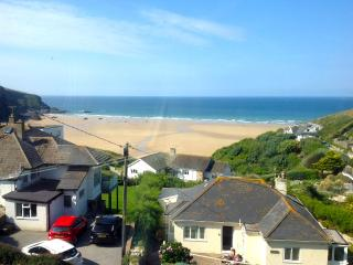 Mawgan Porth holiday house with amazing sea views - Mawgan Porth vacation rentals