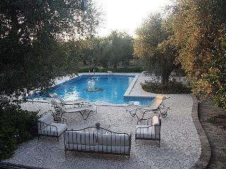 Appartamento (monolocale) per coppia con piscina - Uggiano La Chiesa vacation rentals