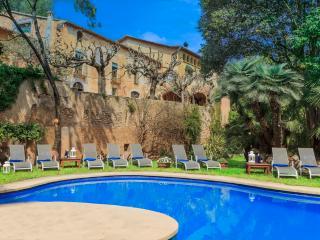Villa Catalina Sitges - L'Arboc vacation rentals