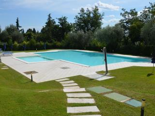 Nice 1 bedroom Moniga del Garda Bed and Breakfast with Internet Access - Moniga del Garda vacation rentals