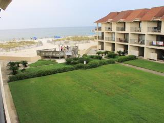 Townhouse on the beach ~ Gulfside Townhome #32 (2bed) - Gulf Shores vacation rentals